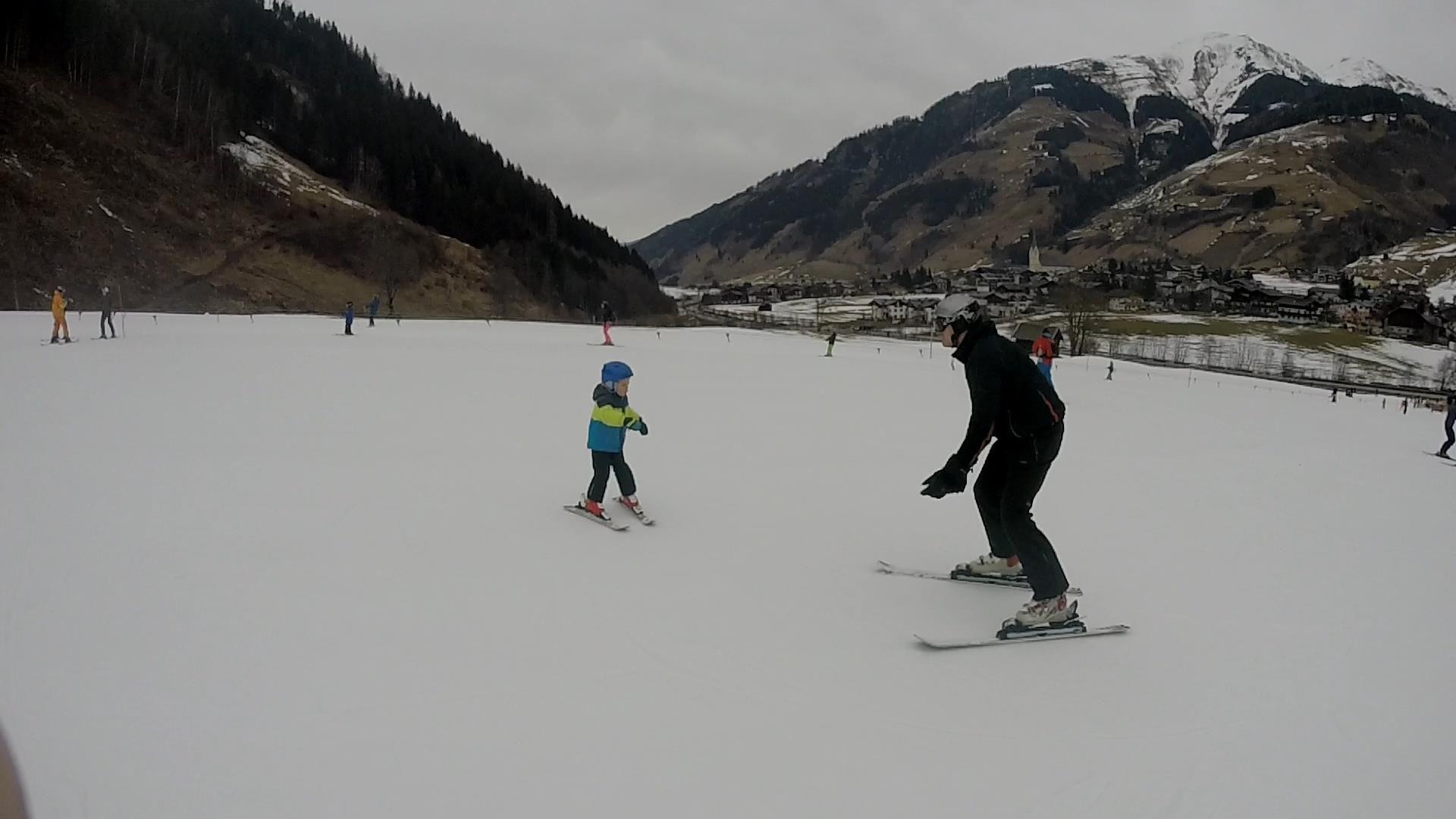 Výuka malých lyžařů